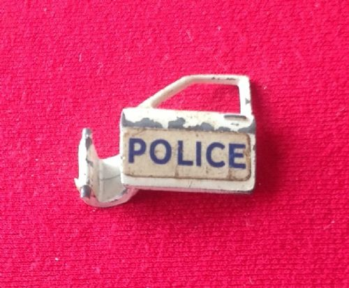 Dinky Toys 255 - Original - Ford Zodiac Police car MKIV - Front Left Door including the Red plastic Door Trim